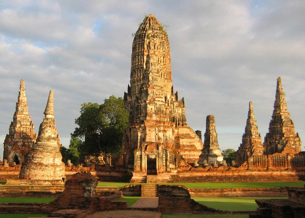 temples thaïlande wat chaiwatthanaram