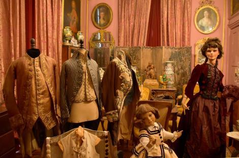 musée insolite costume avallon