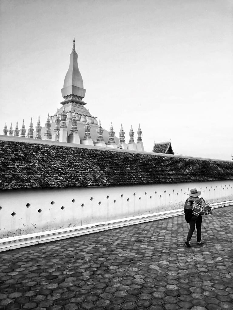visiter laos vientiane