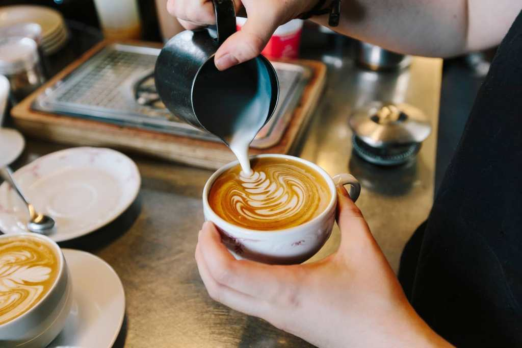 café paris lomi