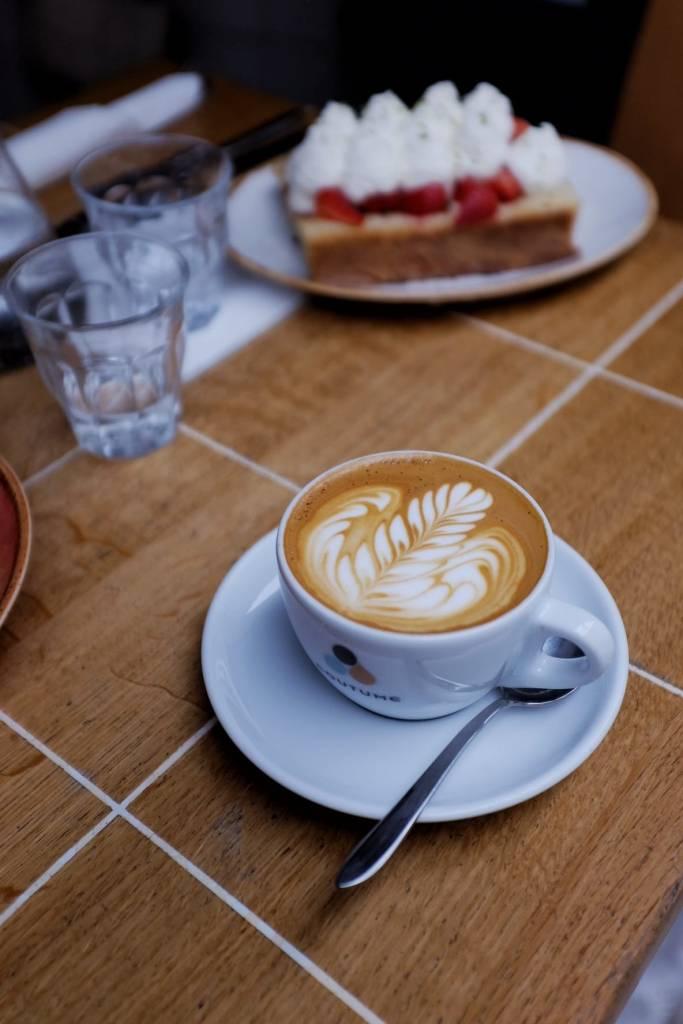 café paris coutume